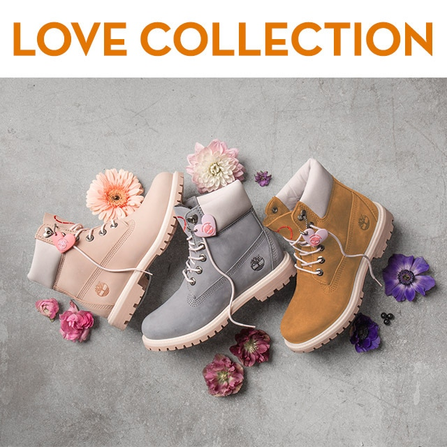 Love Collection. Women's classic 6-inch boots with a romantic twist.